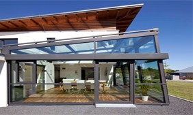 Why Do Most Sunrooms Use Thermal Break Aluminum Alloys?